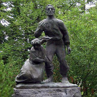A statue of Runeberg's character Paavo of Saarijärvi, created by Heikki Varja in 1960, stands near Saarijärvi Church.