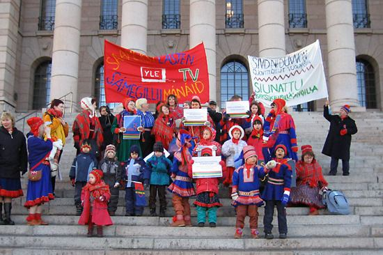 In 2005 Sámi demonstrated in front of the Parliament, for Sámi-language kids' TV shows.