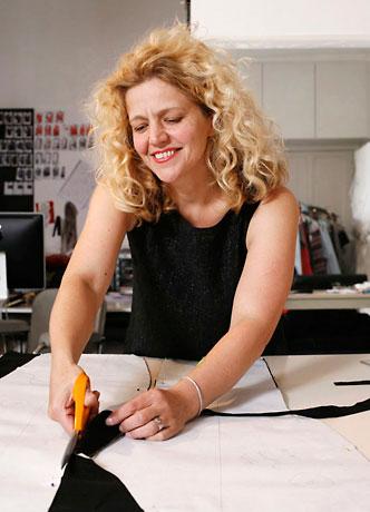Anna Ruohonen dans son atelier.  ©Zabou Carrière