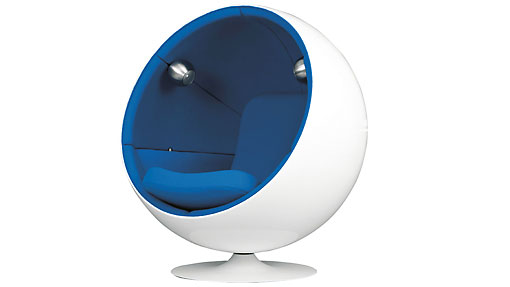 Eero Aarnio designed the Ball Chair in 1963. It was presented at the international furniture fair in Cologne in 1966. It was the sensation of the fair, the international breakthrough for Eero Aarnio and the start of a whole line of fibreglass designs by Aarnio. The more recent versions include additional features such as music and MP3 player integration.