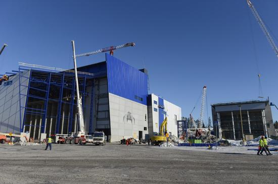 Начало строительства завода в Вантаа, что к северу от Хельсинки. В 2014 году этот завод будет производить электроэнергию, утилизируя при этом мусор.
