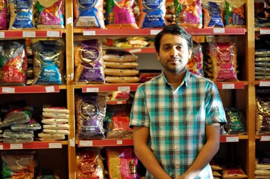 2433-shakir-abdulkhader-the-owner-of-kairali-foods-bok-550px-jpg