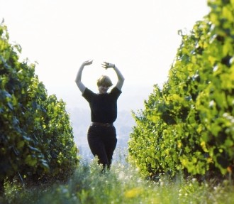 Finnish vineyard, woman dancing