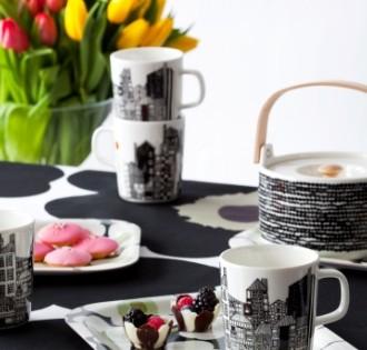Le motif Unikko de Maija Isola reste imprimé sur les maniques et tabliers.