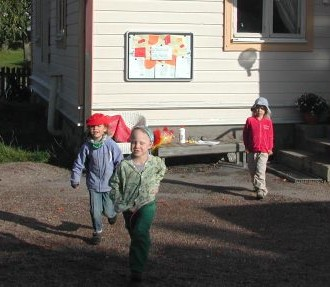 At the Mörrintupa daycare outside Helsinki, the emphasis is on playing and learning outdoors, encouraging the Finnish love of nature.