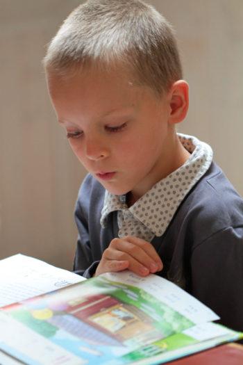 В финских школах учебники, тетради и письменные принадлежности выдают детям бесплатно.