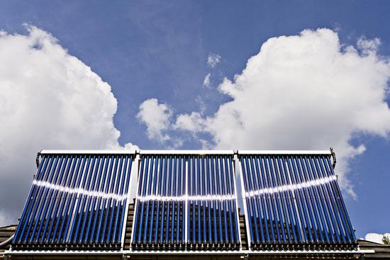 2912-solar-panel_petteri-mantysaari_vastavalo_fi_314855_550px-jpg
