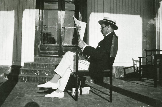 Mannerheim on the porch of Stormhällan villa in 1926. In 1920, he rented Iso Mäntysaari island near Hanko, SW Finland, later bought it and renamed it Stormhällan.