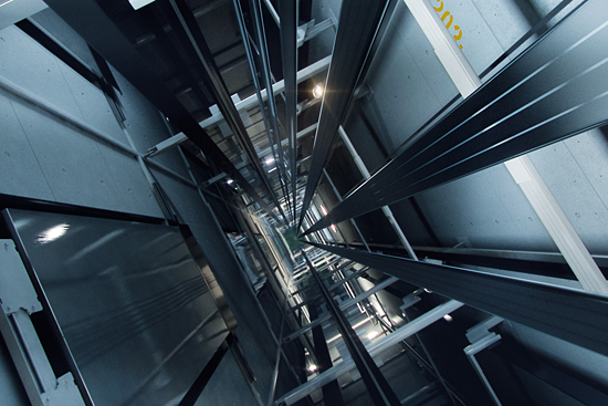 3219-kone-ultrarope-in-elevator-shaft-550-jpg