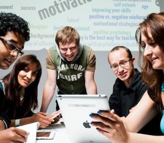引人入胜的学习环境,2012年世界设计之都赫尔辛基,赫尔辛基大学,生活实验室,密涅瓦广场,RYM,Flinga,Nordtouch