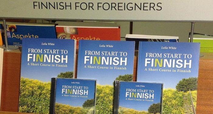 """""""Start to Finnish"""" contém diálogos úteis e uma lista de palavras usadas na linguagem coloquial."""