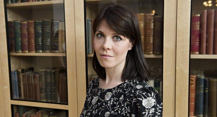 Riikka Pulkkinens Debütroman wurde in Finnland als Miniserie fürs Fernsehen verfilmt.