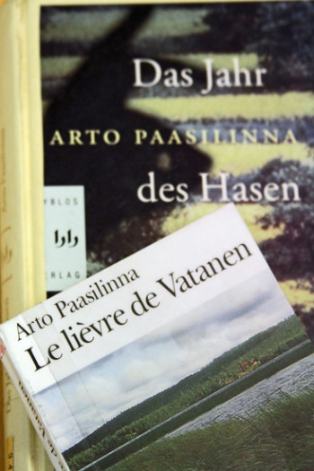 Covers of French and German translations of Arto Paasilinna's books.