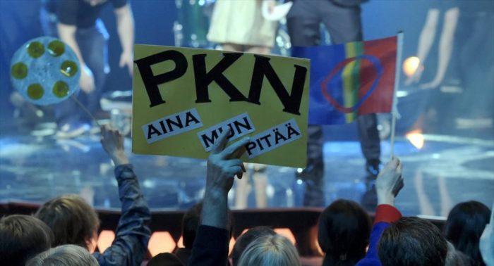 Les échos de la sélection de PKN pour l'Eurovision 2015 semblent être parvenus jusque dans l'enceinte du Parlement finlandais.