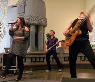 misas metal, Haka Kekäläinen, música heavy metal finlandesa, Iglesia Evangélica Luterana, Helsinki, Turku, Finlandia