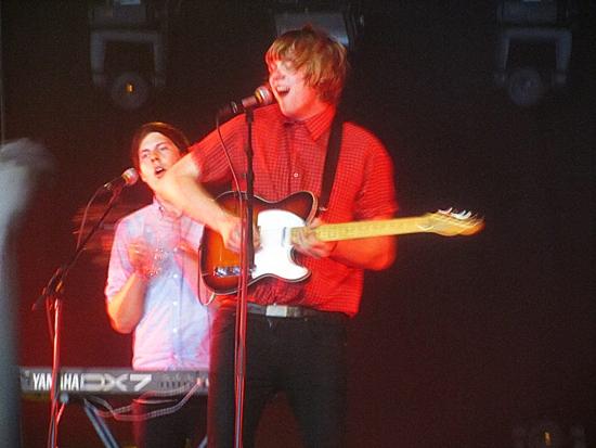 Sie geben alles, was in ihnen steckt, auf dem Flow Festival im August 2011.