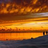 Романтичный закат на южном острове Уунисаари возле местечка Улланлинна г. Хельсинки Фото: Niklas Sjöblom