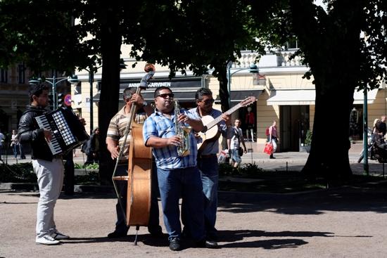 Einklang und Harmonie: Live-Musik auf der Esplanade. Foto: Amanda Soila