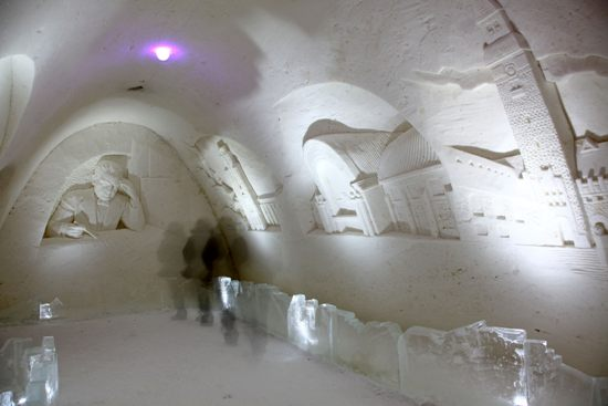 National Romanticism, referring to the art and architecture of the late 19th and early 20th centuries, is the theme of this Snow Castle sculpture hall. Photo: Tim Bird