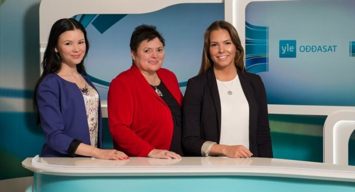 Aletta Lakkala (left), Kaisa Aikio ja Rosa-Máren Magga form part of the Sámi-language news team at Finnish Broadcasting Company Yle.