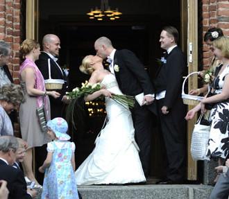 Финляндия, религия, религия Финляндии, евангелическо-лютеранская церковь, лютеране, Ирья Аскола, свадьба в Финляндии, церковь в Финляндии