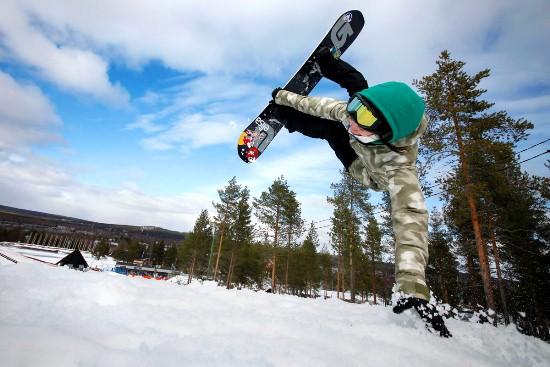 Rukajärvi shows off for the camera.