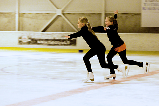 4272-syncroskating_ice-melody-team_susanna-alatalo_08-550-jpg