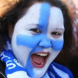 Many fans painted their faces the colours of the Finnish flag to celebrate the ice hockey victory.