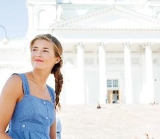 Globe Hope, eine von Finnlands führenden Ökomarken, verarbeitet Krankenhaustextilien, Arbeitskleidung und Vintage-Stoffe zu Kleidung.