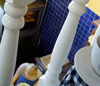 Delivos einladender Duft von frischen Zimtschnecken weht über die Nachbarschaft des Helsinkier Stadtteils Munkkiniemi. Mehr Café Tipps für die finnische Metropole finden Sie unten.