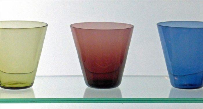 Ставшие классикой современного дизайна стеклянные стаканы работы Кай Франка – экспонаты коллекции Музея дизайна в Хельсинки.