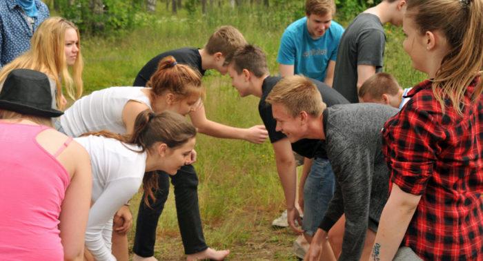 Молодым людям помогают развить самостоятельное мышление и выработать собственную философию жизни. На фото: лагерь «Прометеус» в Юлёярви.