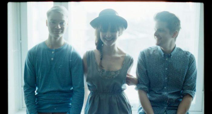 Indie electro pop band Regina.