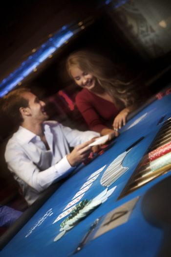 Все доходы, полученные от азартных игр и лотерейных розыгрышей, идут на социальные нужды.