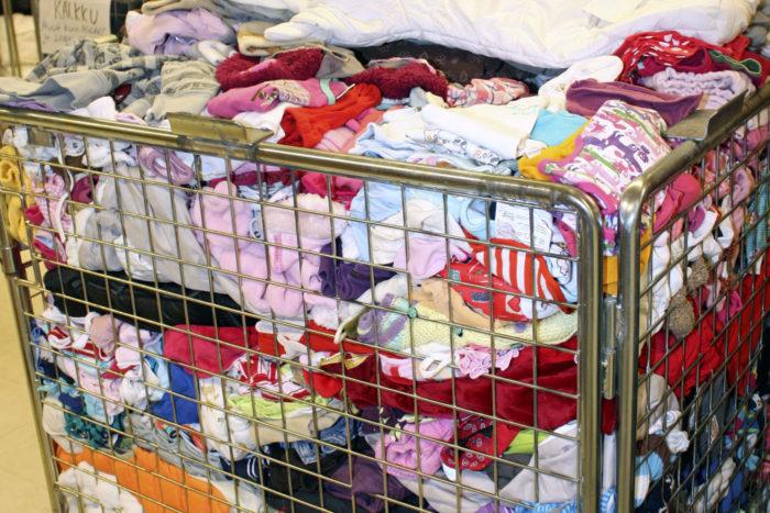 В Финляндии не только научились перерабатывать старое тряпье в волокна и ткани, но даже умудряются создавать из него одежду «прет-а-порте».
