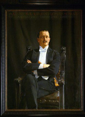 رسم إكسيلي جالن-كاليلا تلك اللوحة لمانرهايم في وضع الجلوس، وتوجد صورة أخرى له في وضع الوقوف، رسمها نفس الفنان، معلقة في متحف مانرهايم.