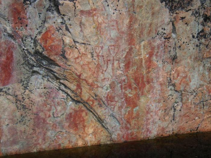 تشمل اللوحات الصخرية القديمة الخلابة في فريكاليو صورًا عجيبة لأشخاص وحيوانات من إبداع فنانين فنلنديين قدامى منذ فترة تتراوح بين 4000 و5000 عام مضت.